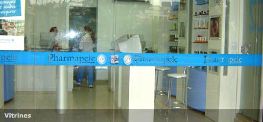 Adesiva o e adesivos para vidros e vitrine jalsigns for Adesivos p porta de vidro